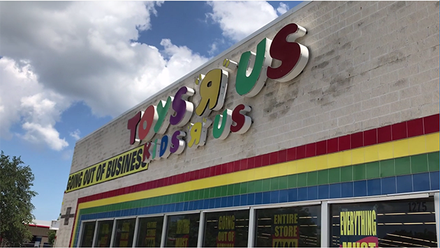 Scenes From The End of Toys R Us
